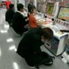 異様な光景! ゲームコーナーにあるデータカードダス『アイカツ!』をやっている大人が怖い(笑)