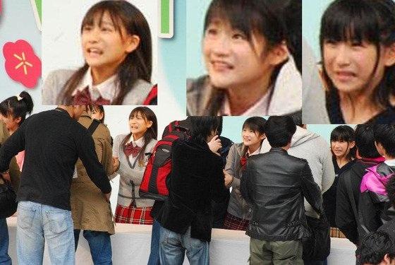 半泣き! アイドルの握手会がオジサンばかりで、アイドルが半泣き状態(笑)【面白画像】otacos_0004