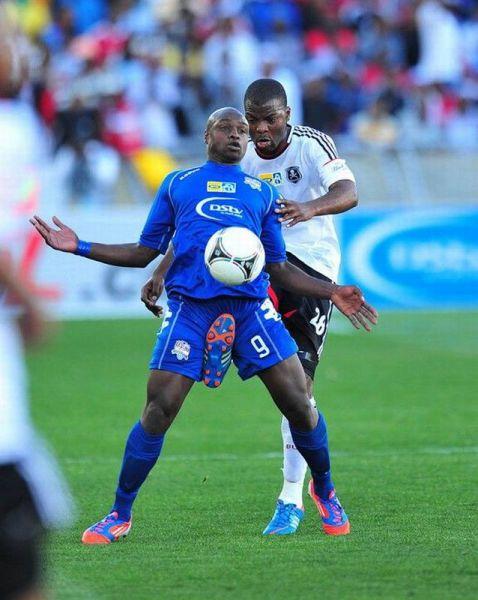 面白画像 サッカーボールを蹴ったはずが、違う玉を蹴ってました(笑)foreign_0000