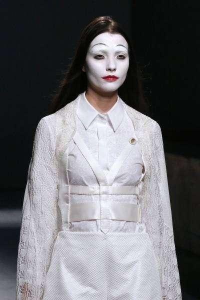 面白画像 パリコレで登場したモデルが「バカ殿」っぽい(笑)beauty_0029