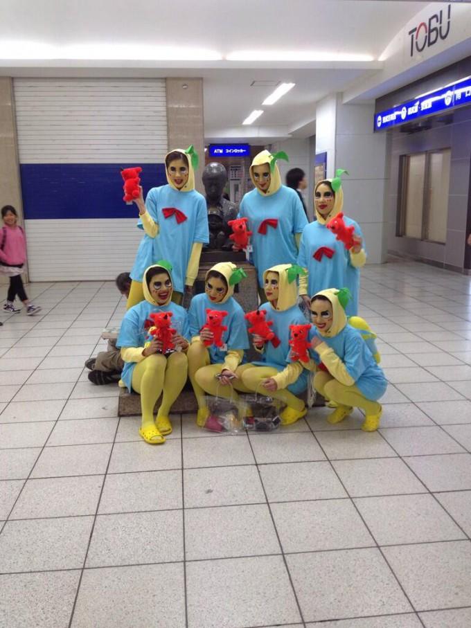 面白画像 ふなっしー? 10月30日ハロウィンに、船橋駅でふなっしーの仮装をした集団が目撃される(笑)chara_0028_01