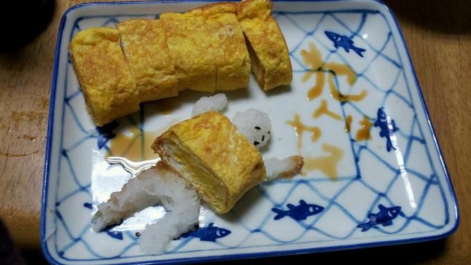 【食べ物おもしろ画像】犯人はヤス! 玉子焼きとダイコンおろしで作った食べ物アート