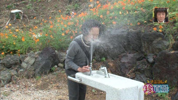 面白画像 『ナニコレ珍百景』で放送された静岡県御殿場市にある「激しすぎて飲めない水飲み場」にビックリ(笑)tvmovie_0042_01