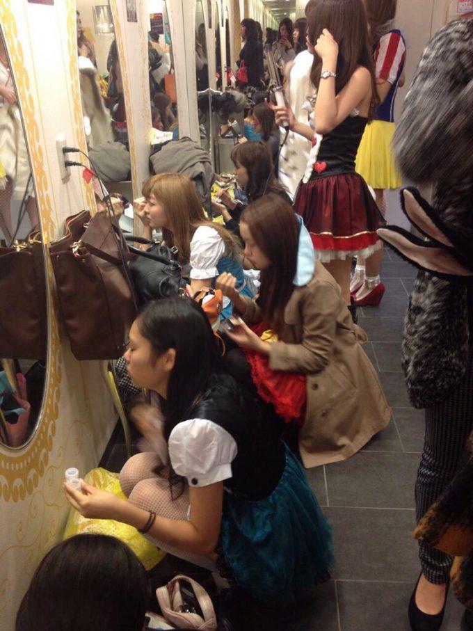 ハロウィン面白画像 ハロウィン中の渋谷109の女子トイレがすごすぎます(笑)helloween_0008