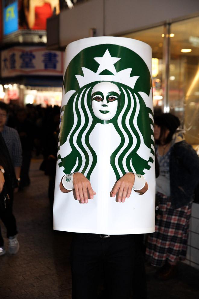 ハロウィン面白画像 怖い! 渋谷ハロウィンでスタバのロゴという斬新な仮装を発見(笑)helloween_0018