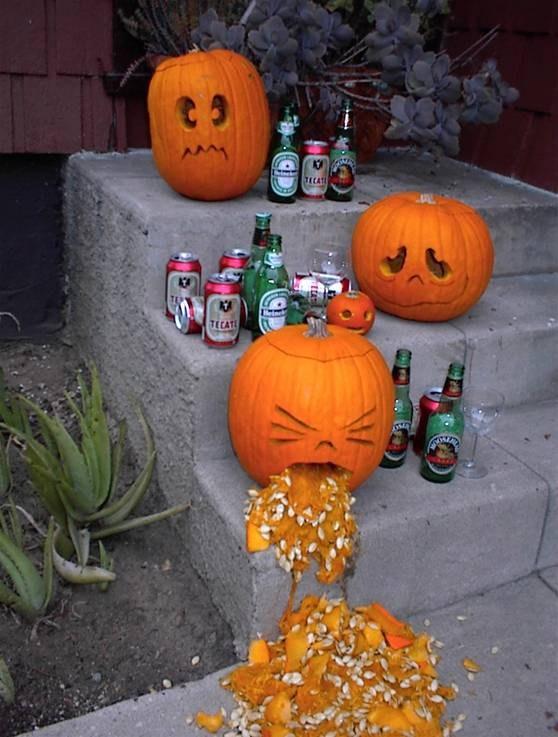 ハロウィン面白画像 おえ! ハロウィンを象徴するジャック・オー・ランタンも飲み過ぎに注意(笑)helloween_0027