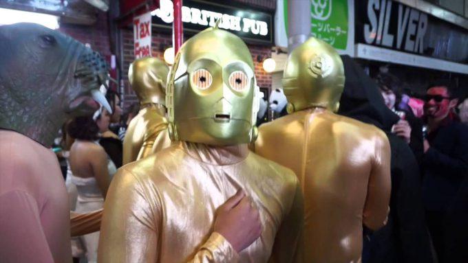 ハロウィン面白画像 これぞハロウィン渋谷! 『スター・ウォーズ』のC-3POいたりアザラシいたりとカオス(笑)helloween_0050