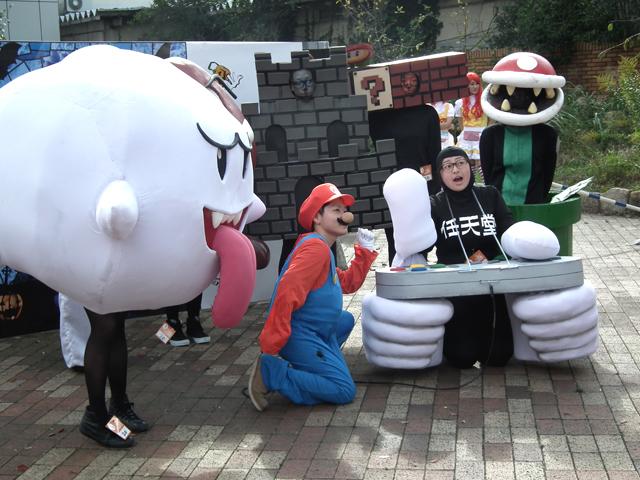 【川崎ハロウィンおもしろ仮装画像】カワサキハロウィン2014で『スーパーマリオブラザーズ』の世界観を忠実に再現した仮装(笑)helloween_0057