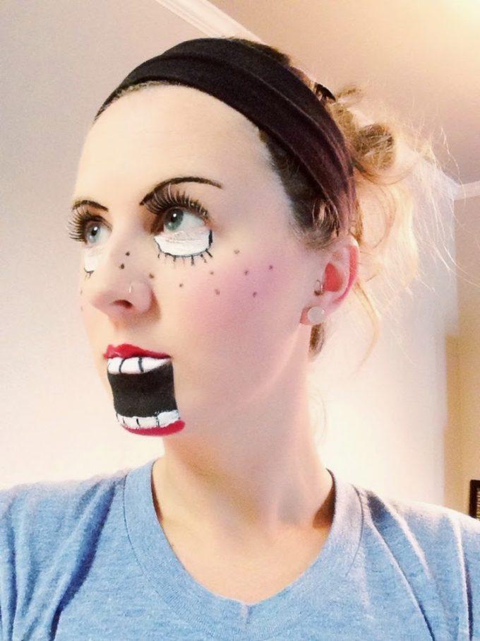 面白画像 おもしろメイク! 外国人女性の腹話術人形のようなハロウィンメイクが笑えます(笑)helloween_0089