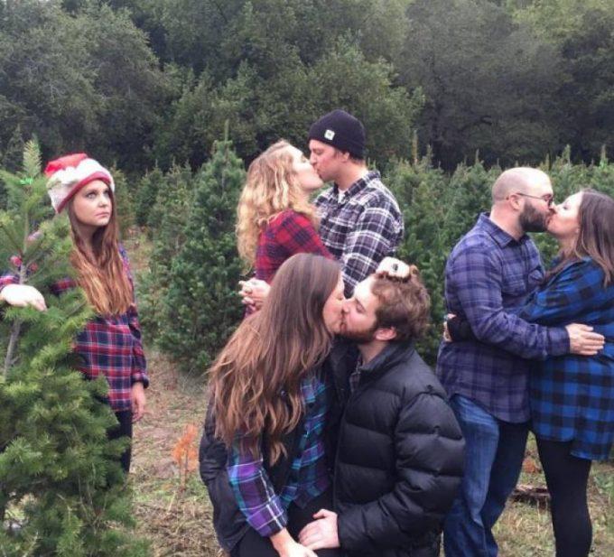 クリスマスおもしろ画像 ぼっちがクリスマスにカップルばかりいそうな所に出かけてはいけません(笑)christmas_0046