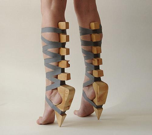 なんの罰? 「拷問?」と勘違いしそうな靴(笑)beauty_0068