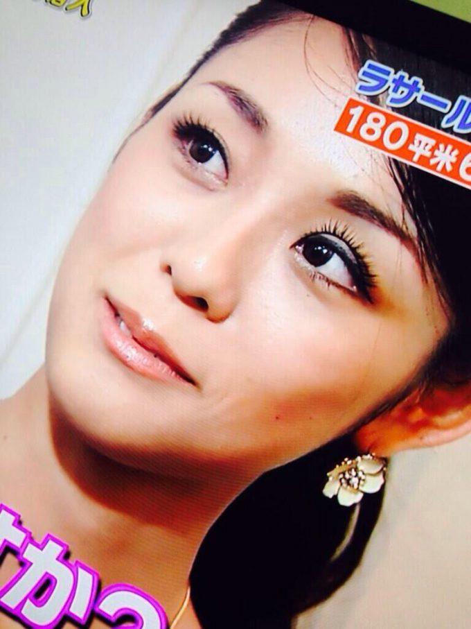 ラサール石井の美人妻 石井桃圭さん、テレビ出演でつけまつ毛ズレの放送事故(笑)beauty_0074