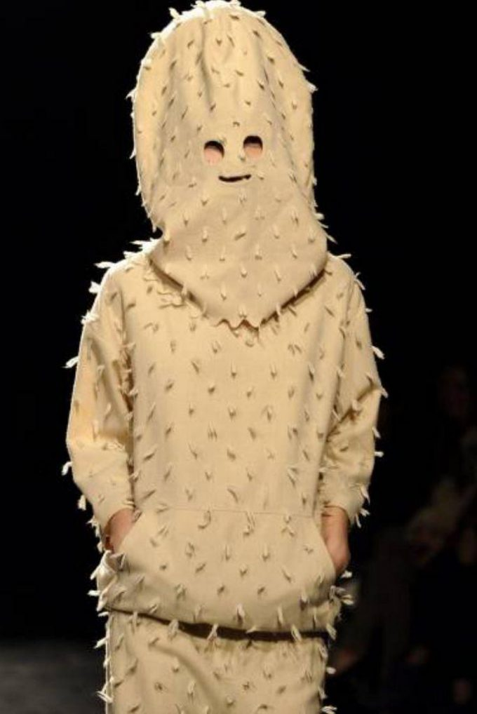 ゲームの敵キャラ? 『ジュリアン デイヴィッド』の2012~13年秋冬コレクションにトゲトゲマン登場(笑)beauty_0078
