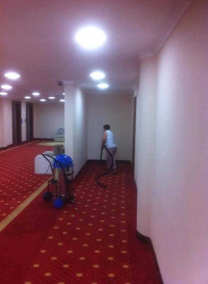 お~い! 掃除できていない事に気付かないホテル清掃スタッフ(笑)foreign_0093