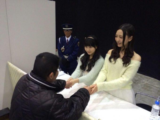 大変! HKTペア握手会に来るオタクがおじさんばっかり(笑)otacos_0084