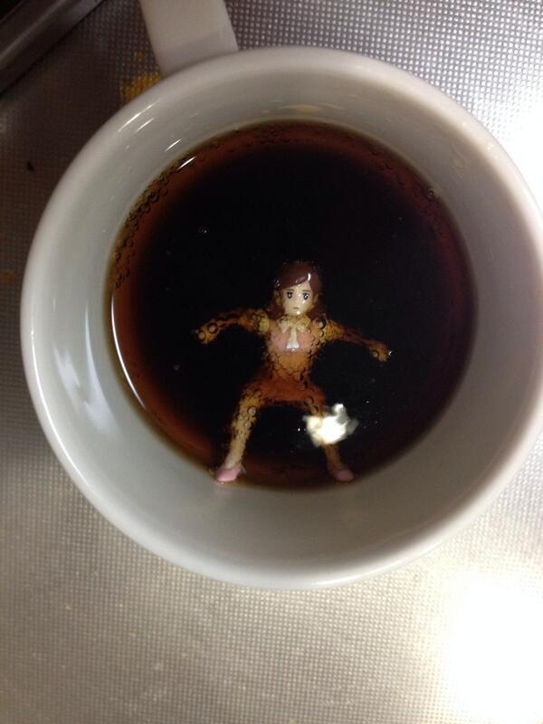 怖い! コーラに落ちたコップのフチ子がちょっとした火曜サスペンス(笑)syame_0091