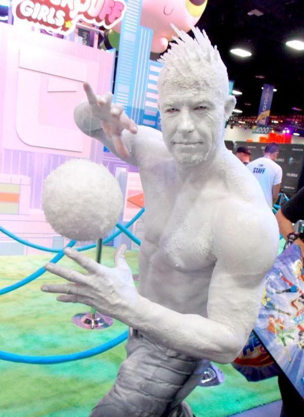 【おもしろコスプレ画像】凄い! アメコミ『X-Men』のアイスマンコスプレがクオリティ高すぎます(笑)