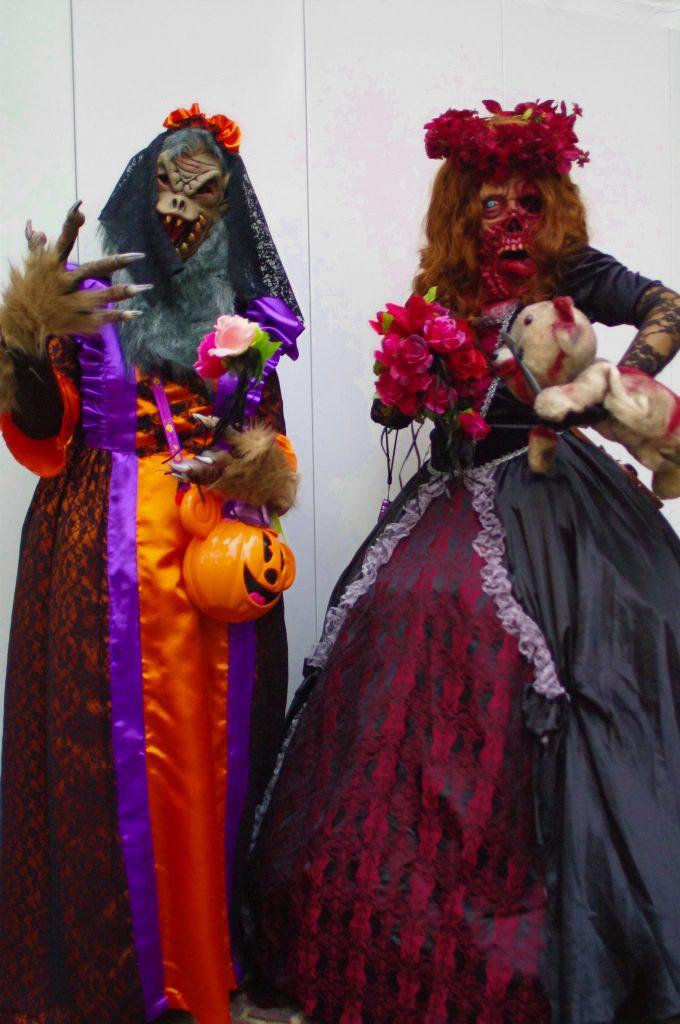 キモ怖! 川崎ハロウィン2011パレードで見かけた特殊メイクのゾンビ伯爵夫人が怖すぎます(笑)halloween_0112_01
