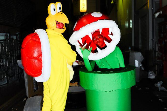 【渋谷ハロウィンおもしろ仮装画像】スーパーマリオの仮装なのに主役のいないハロウィン仮装