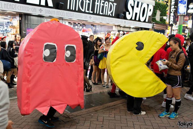 【渋谷ハロウィンおもしろ仮装画像】カオス! 渋谷センター街で『パックマン』ゲーム開始(笑)halloween_0171_02