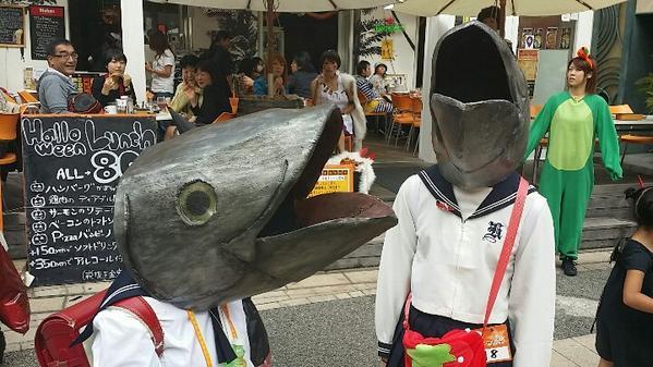 魚頭がシュールすぎるハロウィン仮装がカワハロ『ハロウィン・アワード2014』で入賞(笑)halloween_0172