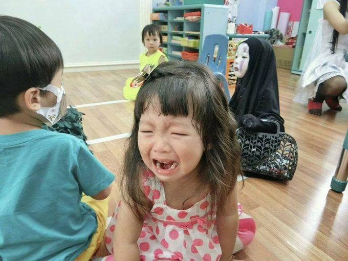 ガチ! ホーチミンの幼稚園ハロウィンパーティーで見かけた『千と千尋の神隠し』のカオナシ仮装(笑)halloween_0182_02