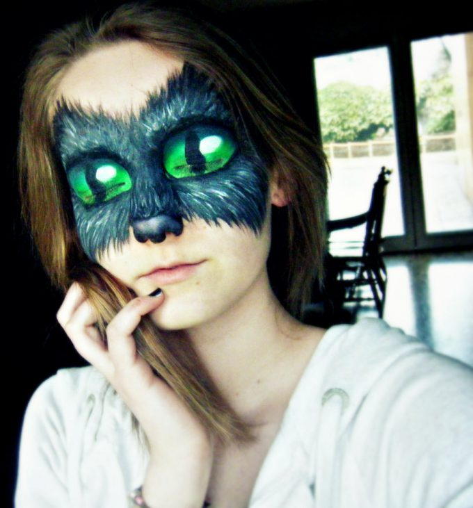 【海外ハロウィンおもしろメイク画像】化け猫! ハロウィンパーティーにピッタリなデカ目猫メイク(笑)halloween_0194