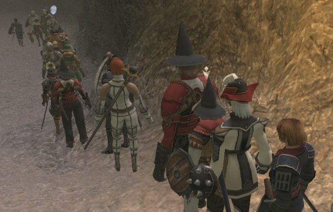 礼儀正しい! MMOオンラインゲーム内でも列を作って順番を待つプレイヤーたち(笑)internet_0016_08