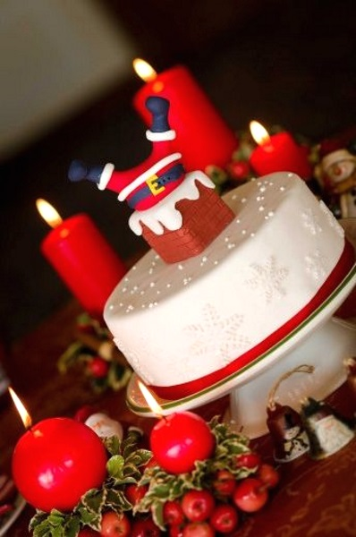 【食べ物おもしろ画像】面白い発想! サンタクロースが煙突にささったクリスマスケーキ笑christmas_0107