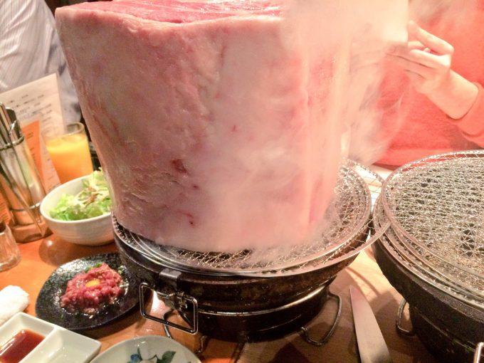氷が溶けてる? 錦糸町にある焼き肉屋「とんつう」の料理が肉の暴力(笑)food_0105