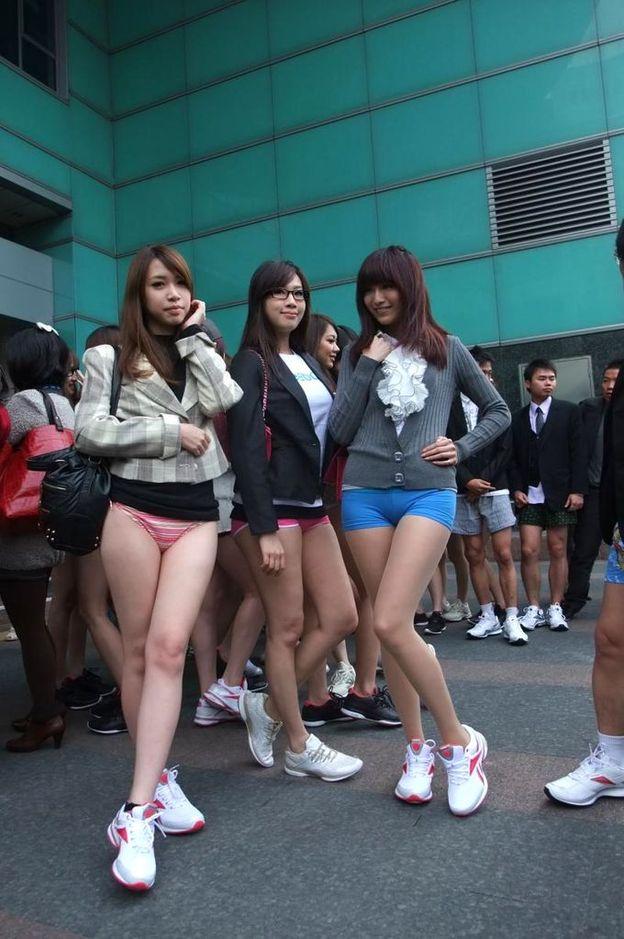 台湾のノーパンツサブウェイライドの模倣