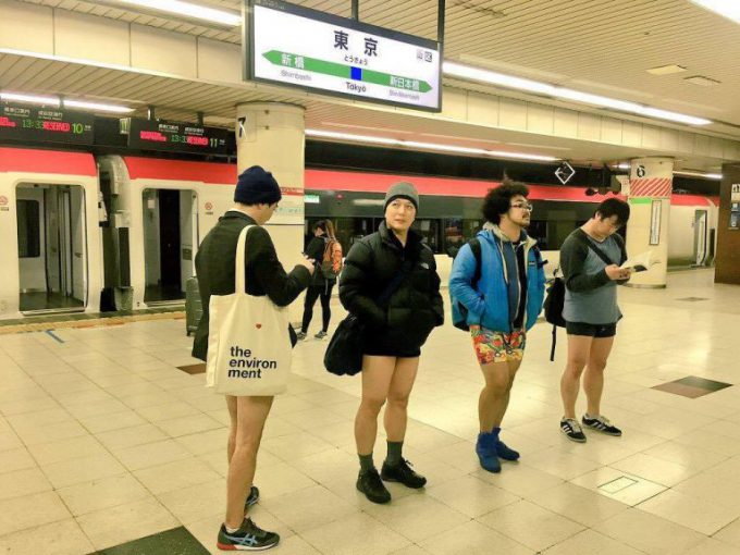 日本のノーパンツサブウェイライド(No Pants Subway Ride)foreign_0125_28