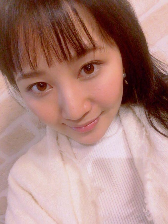 ヌードルカフェで働く高嶋莉子