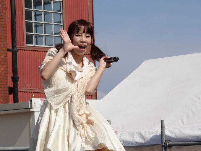 相沢光梨(あいざわ ひかり)talent_0119hikari02