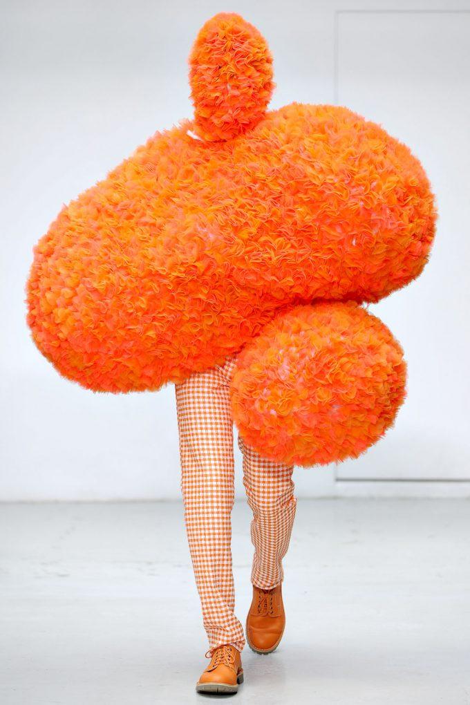 モコモコ! ウォルター・ヴァン・ベイレンドンクの2012春夏パリファッションショー(笑)beauty_0105_03