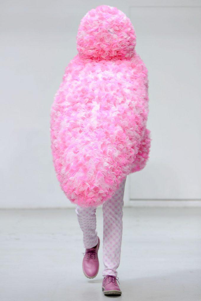 モコモコ! ウォルター・ヴァン・ベイレンドンクの2012春夏パリファッションショー(笑)beauty_0105_07