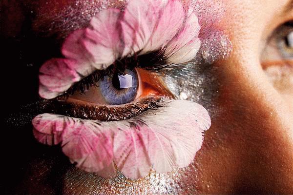芸術! まるでまつ毛から花が咲いているようなアイメイクがすごい(笑)beauty_0106
