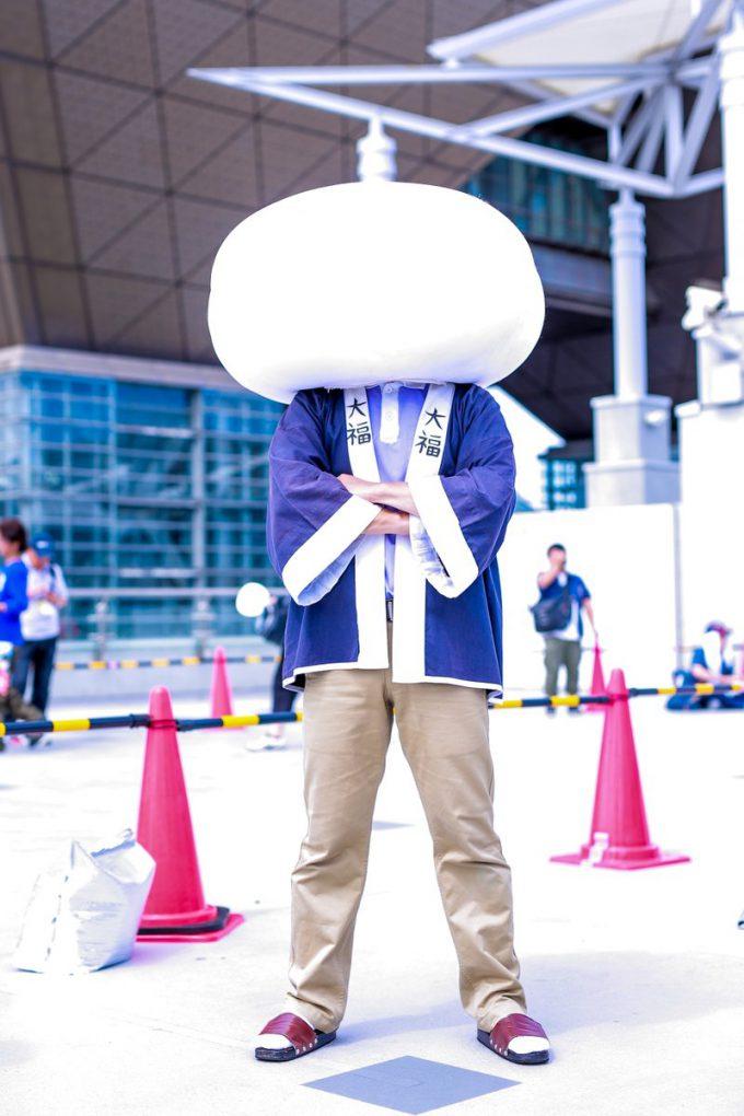 餅! 2015夏コミで見かけたアニメ『日常』のキャラ大福くんがシュール(笑)cosplay_0020
