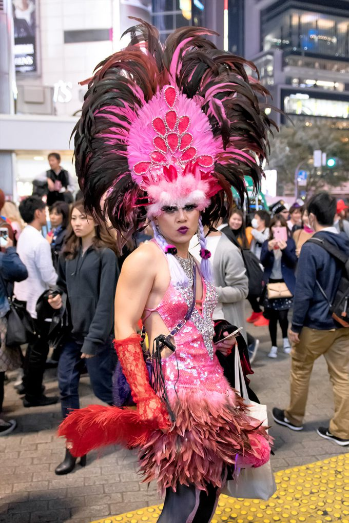 【渋谷ハロウィンおもしろ仮装画像】サンバ! ハロウィン渋谷で見かけたサンバカーニバルみたいな仮装(笑)