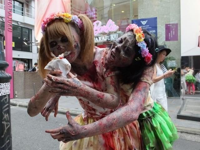 怖い! ハロウィンの時期に原宿で見かけたゾンビ仮装がリアルで怖い(笑)
