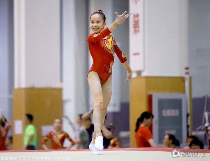2016リオオリンピック中国体操女子のユニフォーム