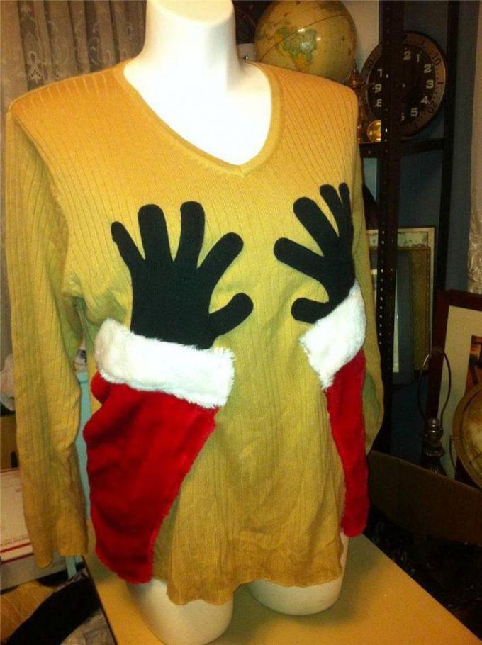 Xmasファッションに最適! サンタに胸を触られているような長袖セーター(笑)