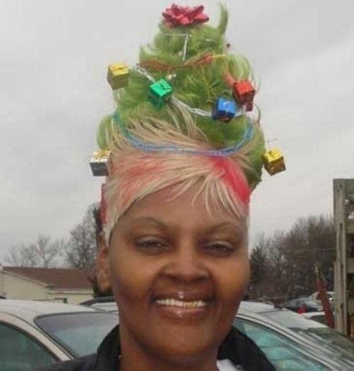 クリスマスに目立ちたい方にお勧めなクリスマスツリーヘアスタイル(笑)