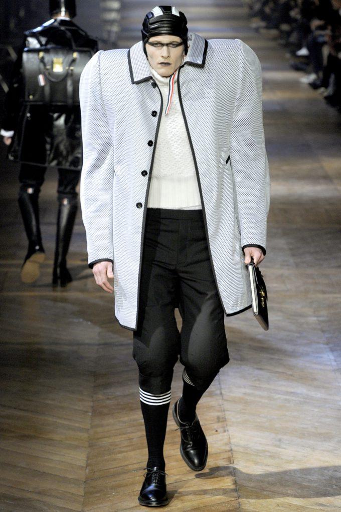 ジャミラ! ニューヨークのブランド『THOM BROWNE(トム・ブラウン)』の2012秋冬メンズファッションショー(笑)
