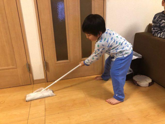 掃除! 平昌オリンピック2018のカーリングを見た子どもが「これやりたい!」と言ったので(笑)