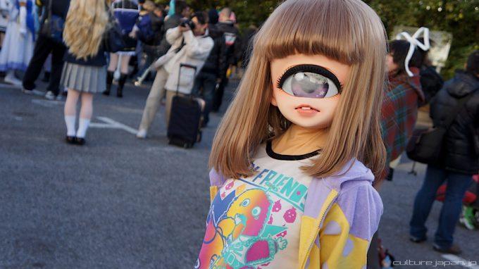 【おもしろコスプレ画像】じー! インパクトある一つ目少女コスプレをワンダーフェスティバルで発見(笑)