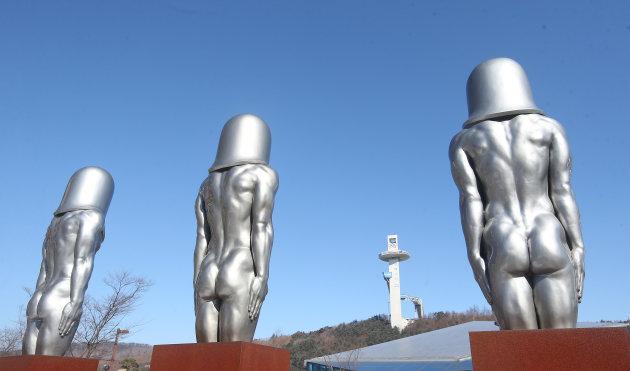 なにこれ? 2018平昌オリンピックに出現した彫刻像『モルゲッソヨ』(笑)
