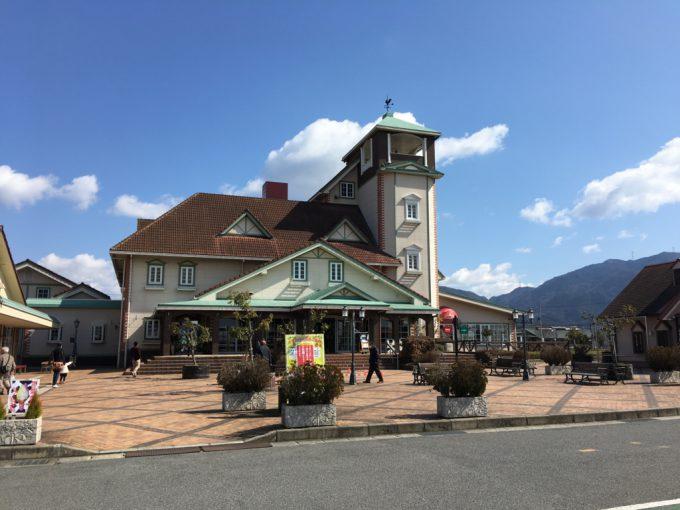 滋賀県東近江市妹町にある道の駅「あいとうマーガレットステーション」