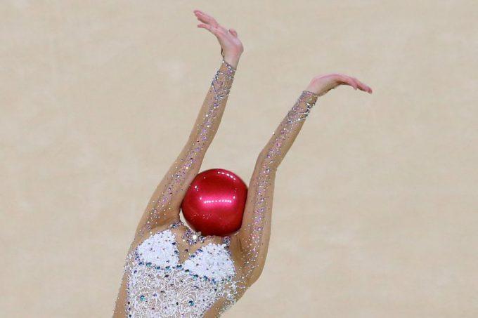 球人間? 2016リオオリンピックに出場した韓国新体操選手Yeon-Jae Sonの頭がボール(笑)