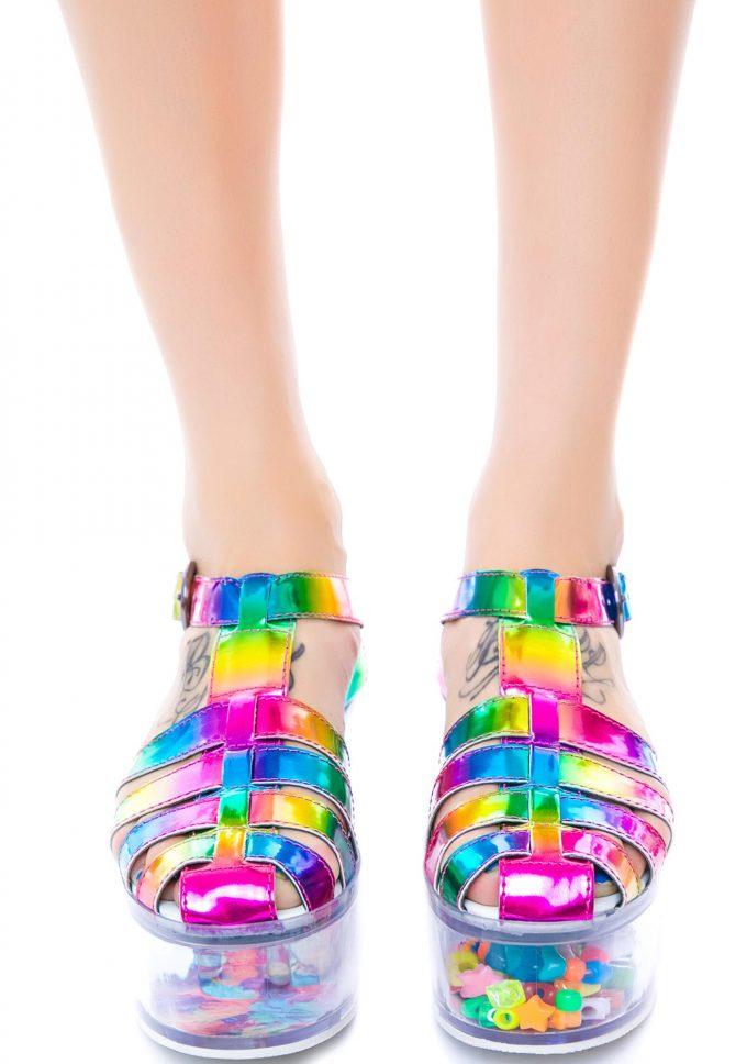 レインボー! LAブランド『YRU』のシューズ「Rainbow Cherii」が目がちかちかする(笑)